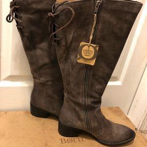 Born Felisha grey boots